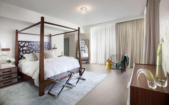 Легло с балдахин
