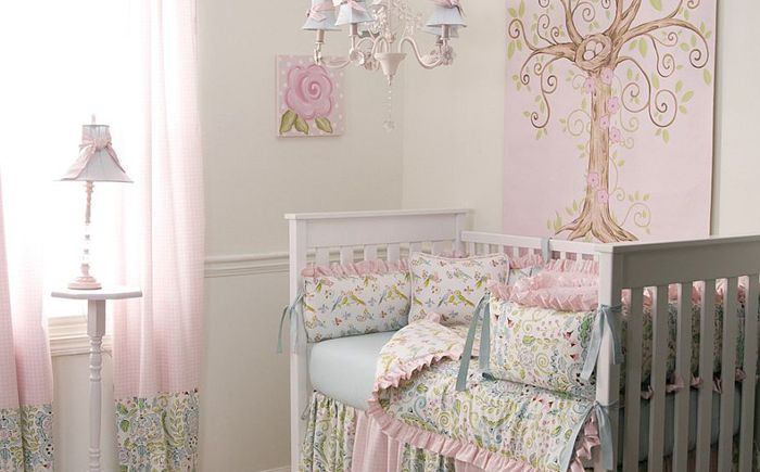 Elegancka sypialnia dla dzieci firmy Carousel Designs