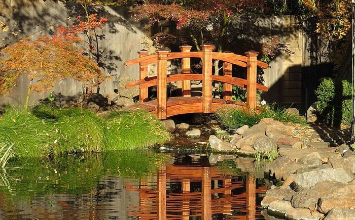Мост в ориенталски стил