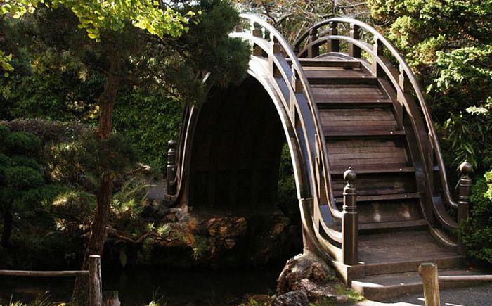 Мостик в японском саду в Сан-Франциско