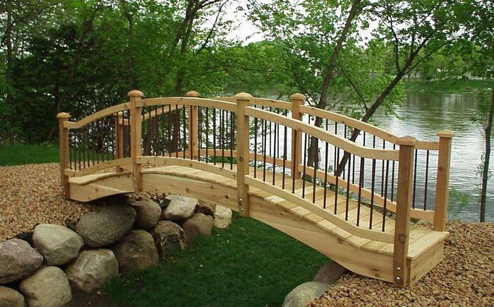 Прост дървен мост