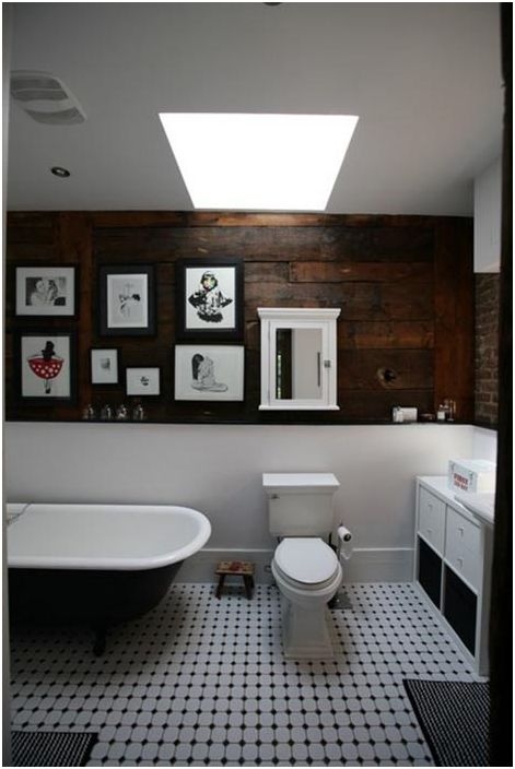 Дървен панел в банята