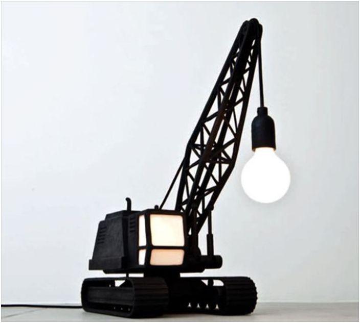 Бронзова лампа от студио за дизайн на Studio Job