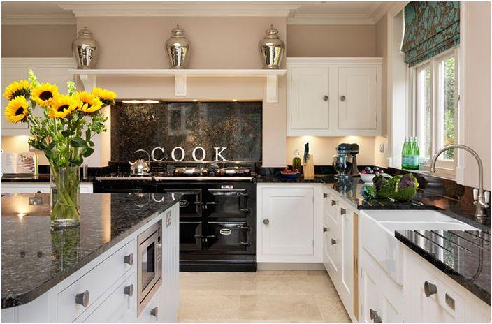 Интерьер кухни от Harvey Jones Kitchens