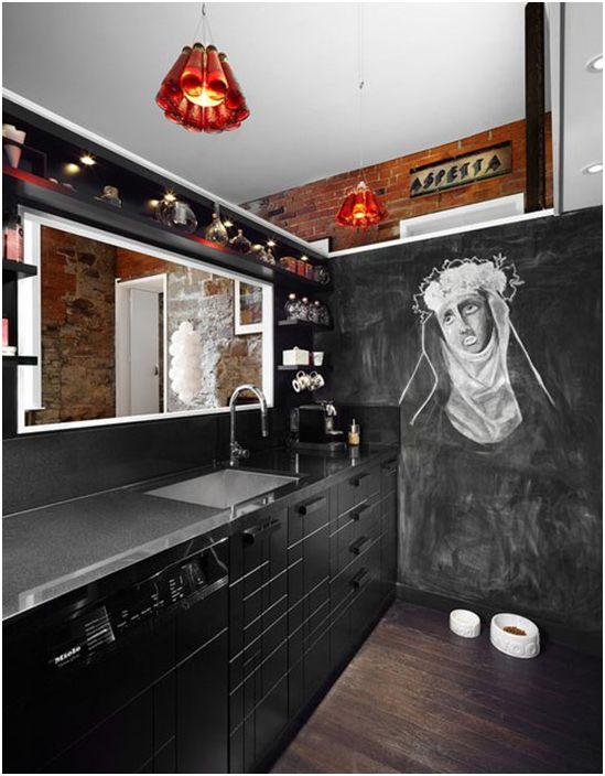 Интерьер кухни в чёрных тонах