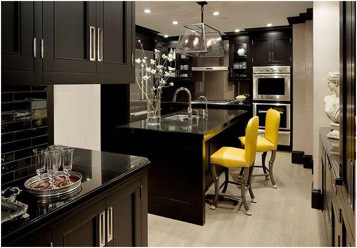 Интерьер кухни от Design Line Construction