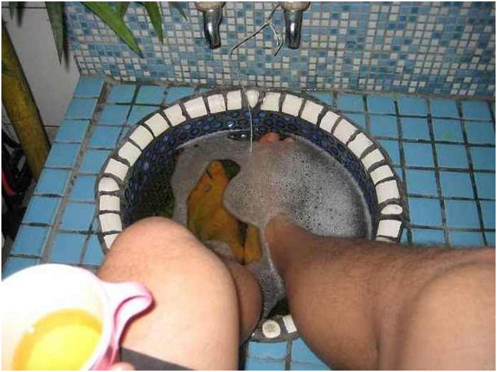 Как да се отървете от неприятната миризма на краката