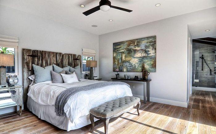 Винтажное изголовье в спальне в пляжном стиле