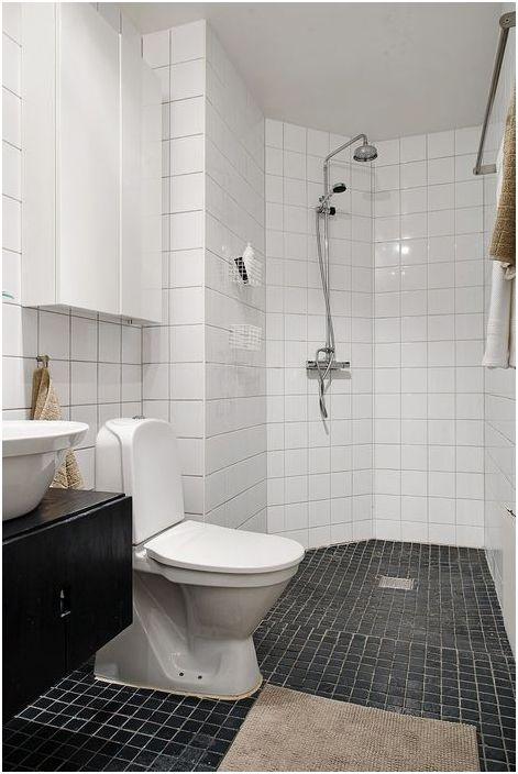 Комбинирана баня