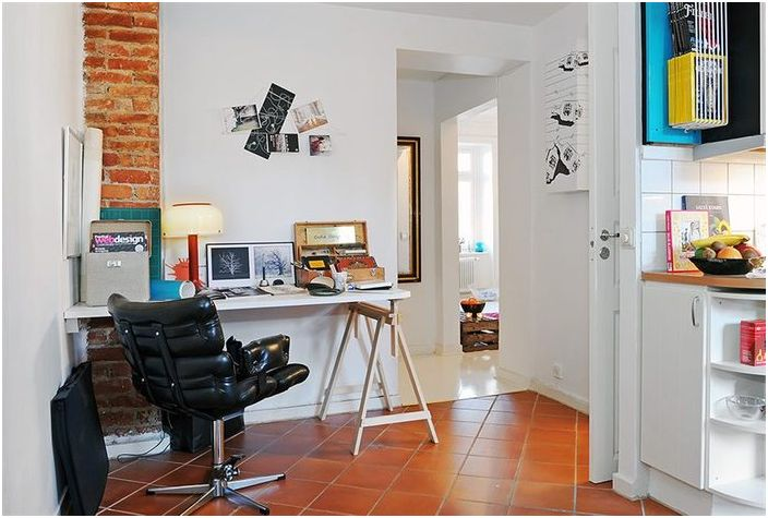 В апартамента има място за домашен офис