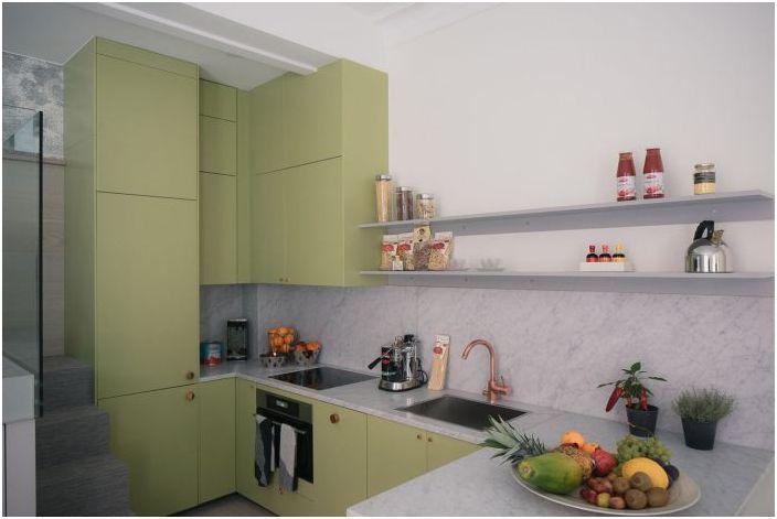 Элегантная оливковая кухня