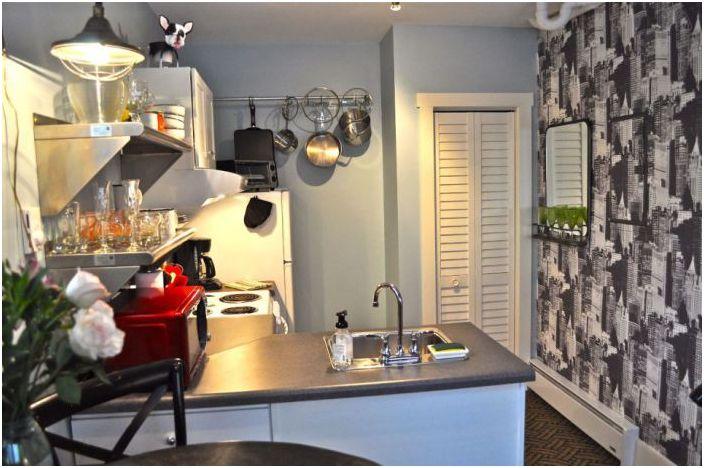 Кухня, оборудвана на площ от 12,5 кв. м.