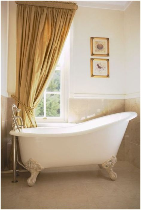 Элегантная ванна в ретро-стиле