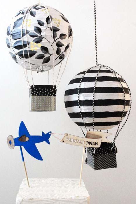 Балони от хартиени нюанси.