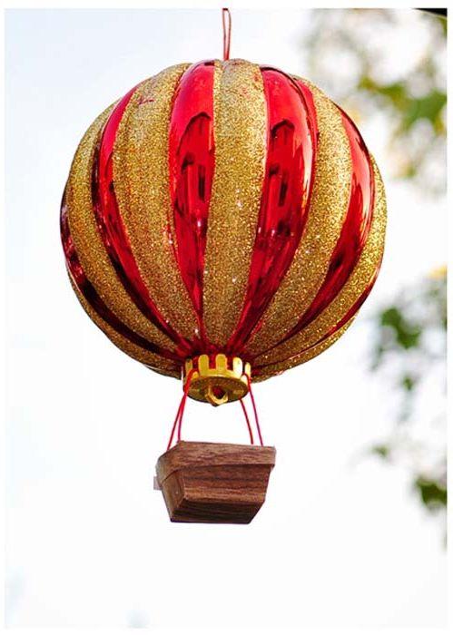 Балон от играчка за коледно дърво.