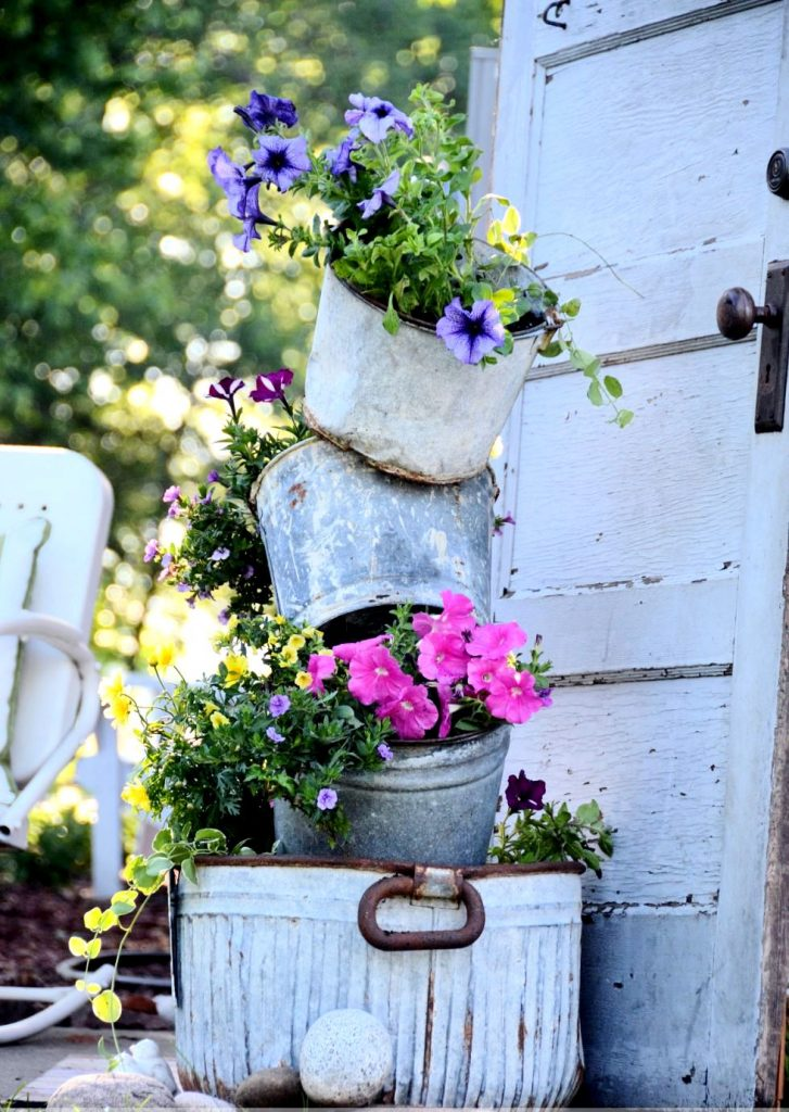 Градина - саксии за цветя - най-добрите идеи-9