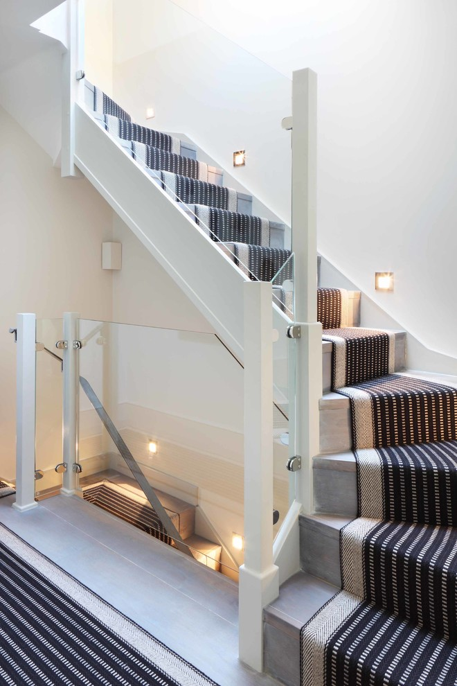 How- to- arrange- lighting- on- the- stairs- in- your- house-222-2