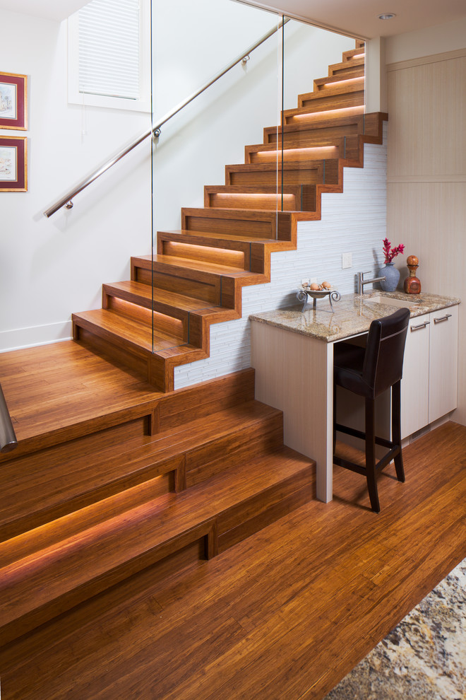 How- to- arrange- lighting- on- the- stairs- in- your- house-222-5