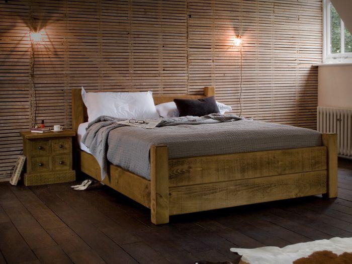 Naturalne drewno jest zawsze modne.