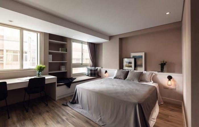 Sypialnia jest zintegrowana z pozostałą częścią salonu.