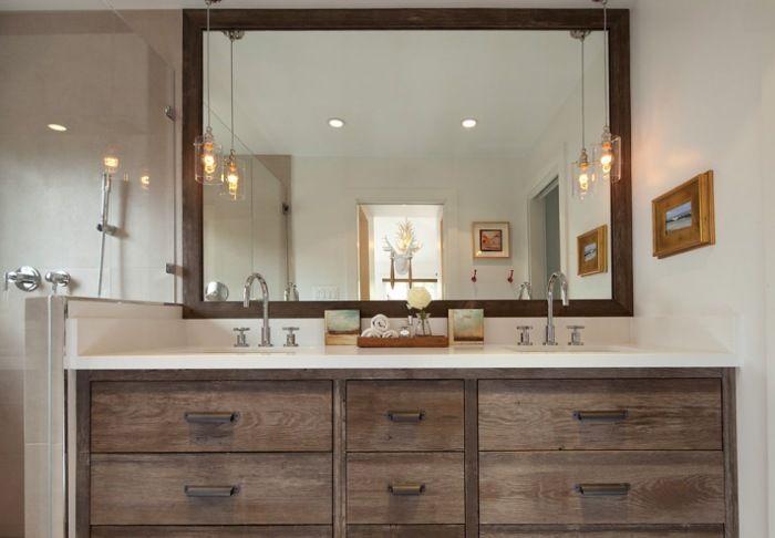 Чем больше в ванной прямых непрерывных линий - тем лучше.