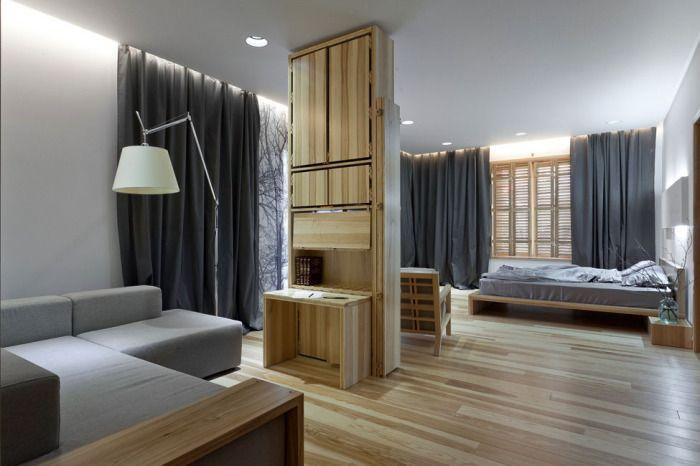 Sypialnia nie oddzielona od salonu to dobre rozwiązanie do małych mieszkań.