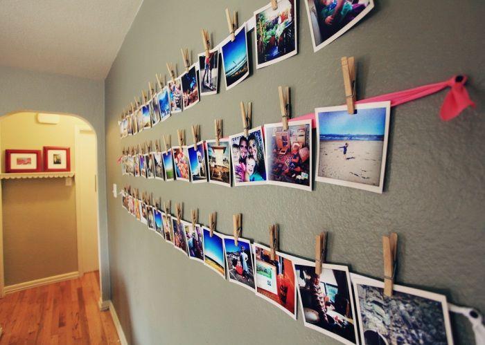 Стена, пълна със снимки.