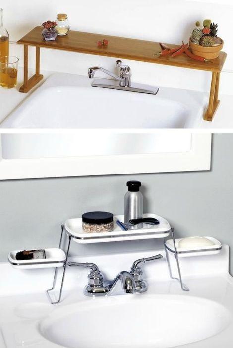 Рафтове за баня и мивки.