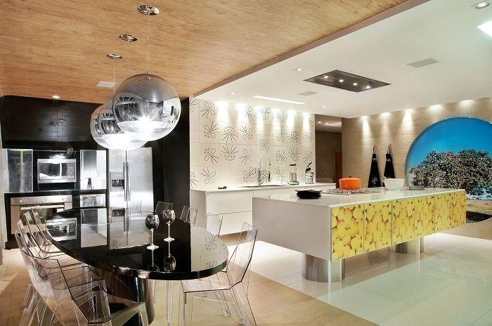 Невероятно крутой интерьер кухни в современном исполнении.