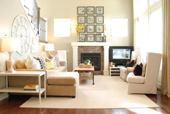 За счет нейтральной цветовой гаммы возможно добавить естественного света в гостиной.