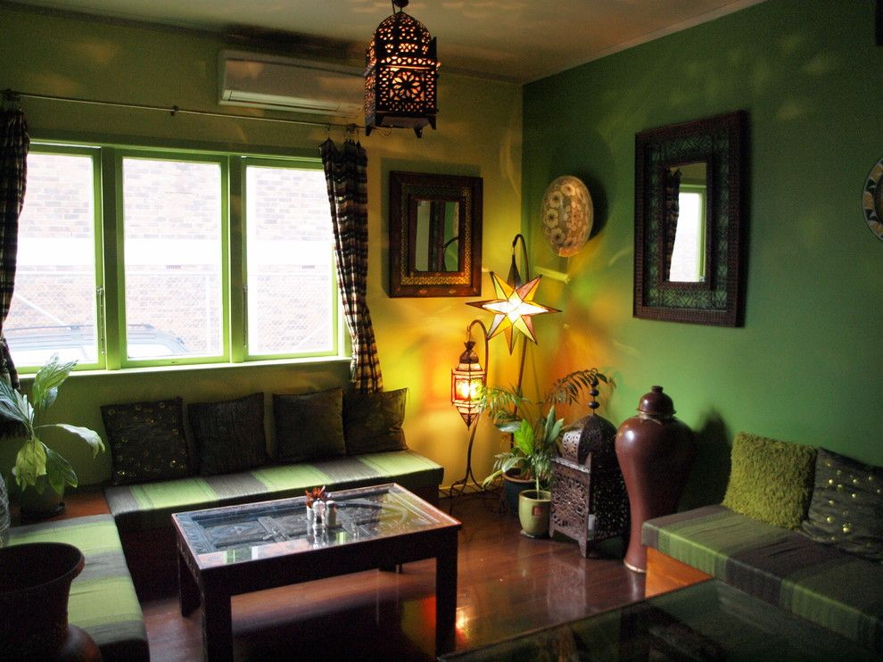 Романтическое освещение в интерьере гостиной