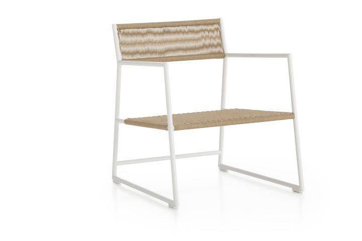 Чудесный стул для улицы от Mariana Lerma