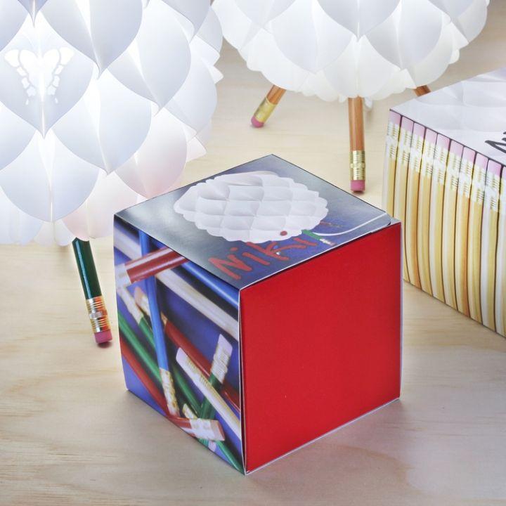 Коробка от лампы Niki от Сандера Баккера