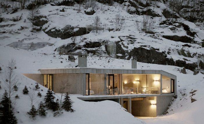 Hytte Sirdalen е ултра-минималистична селска къща.