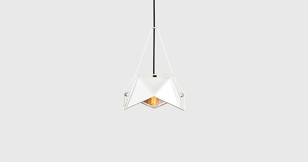 Лампа накалывания в подвесном светильнике