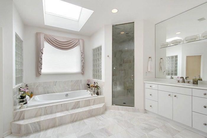 Förvandla ditt badrum med en ovanlig och mycket känslig interiör som lämnar ett avtryck i ditt minne.