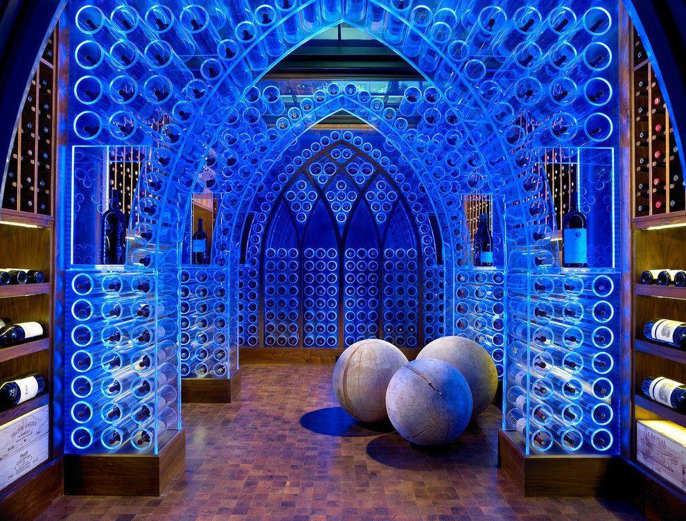 Неоновые подсветки в интерьере винного погреба