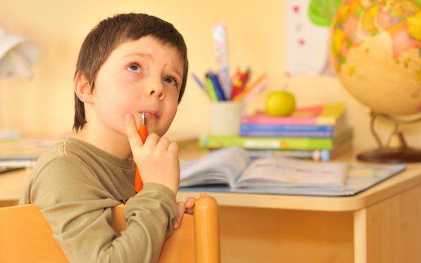 Как обустроить учебную зону первоклассника