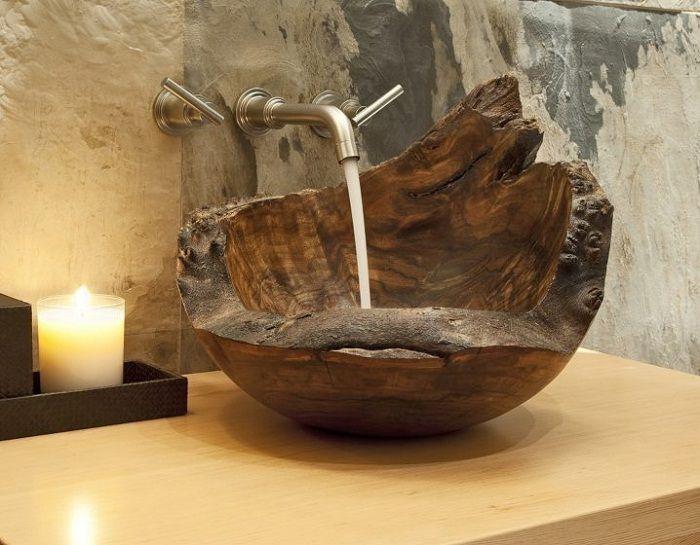 Нестандартное, но креативное решение создать такую интересную деревянную раковину, что станет находкой для интерьера.