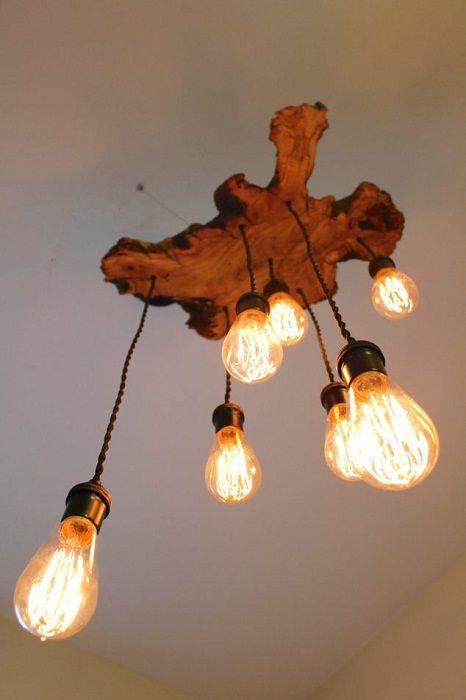 Възможно е да преобразите стаята с помощта на оригинален дървен полилей.