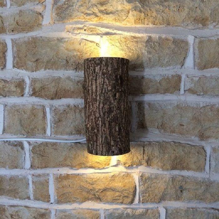 Възможно е да преобразите стая с дървена лампа, което определено ще зарадва.
