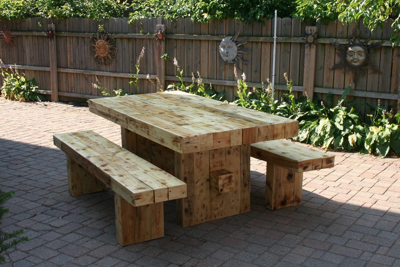 Прекрасная мебель для загородного дома