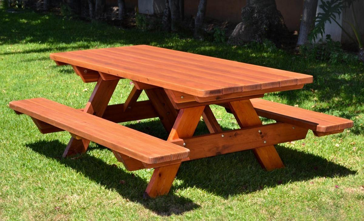 Прелестная мебель для загородного дома