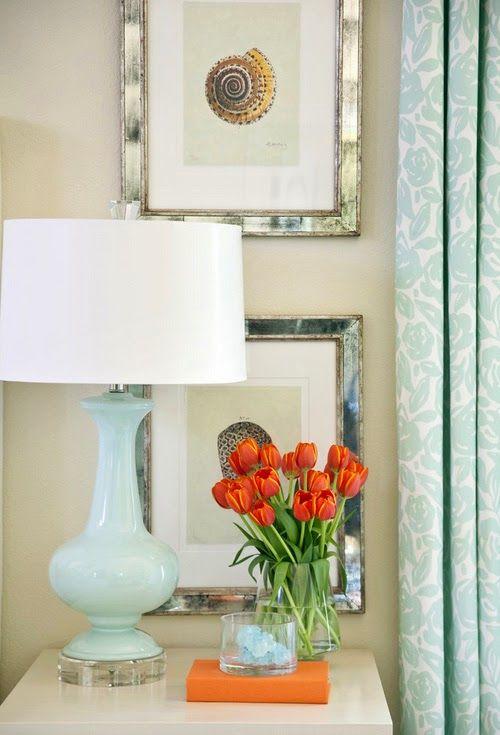 Красива лампа като акцент в интериора