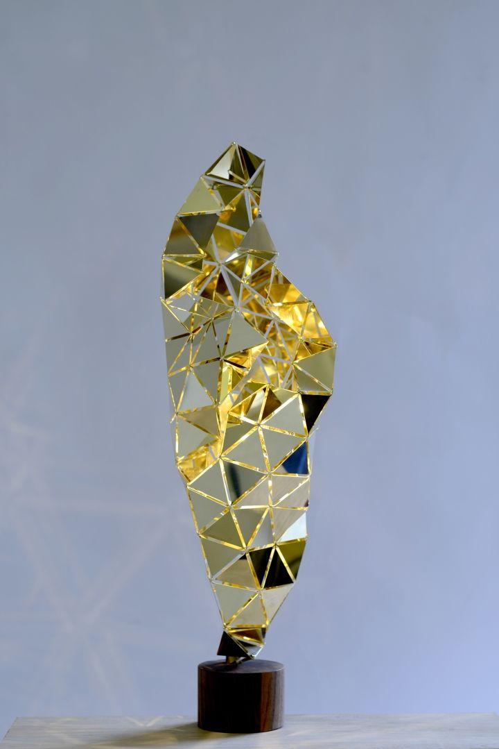 Дизайнерские светильники в золотистом цвете - Фото 2