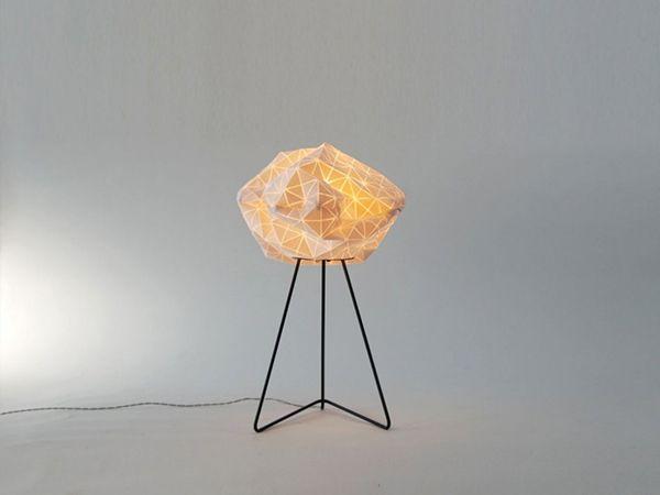 Красивая напольная лампа-облако от Микки Бара