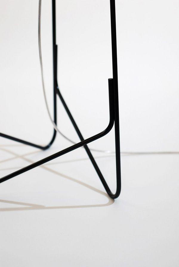 Металлические ножки светильника от Микки Бара