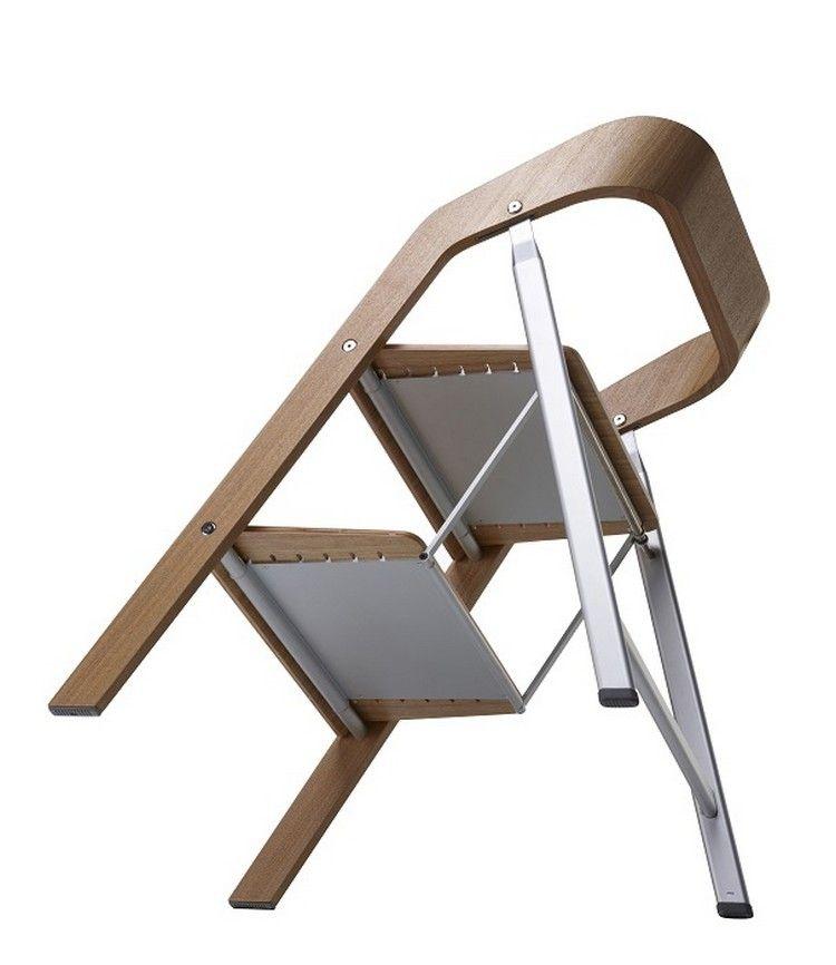 Ярък стол за стълба