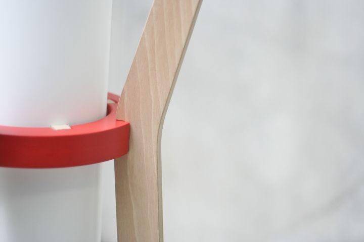 Восхитительная напольная лампа & вешалка от GuillermoAlcayna