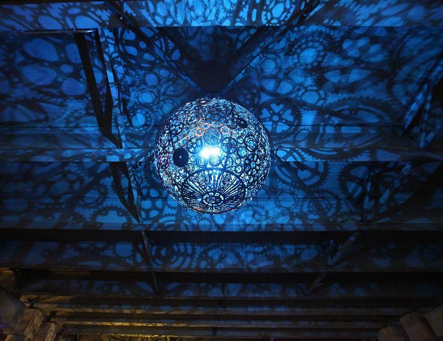 Обворожительный дизайнерский потолочный светильник